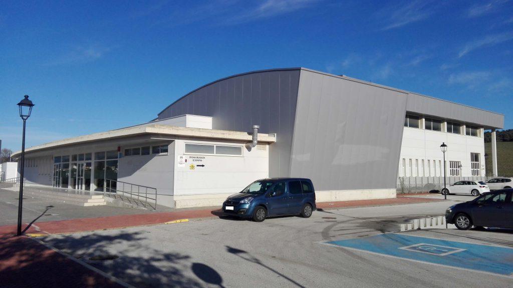 ayuntamiento de los barrios piscina municipal cubierta